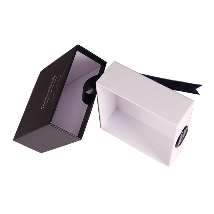 Free Shipping Rigid Paper Sliding Drawer Style Gift Boxes for Lingerie with Silk Handle and Customized Printing