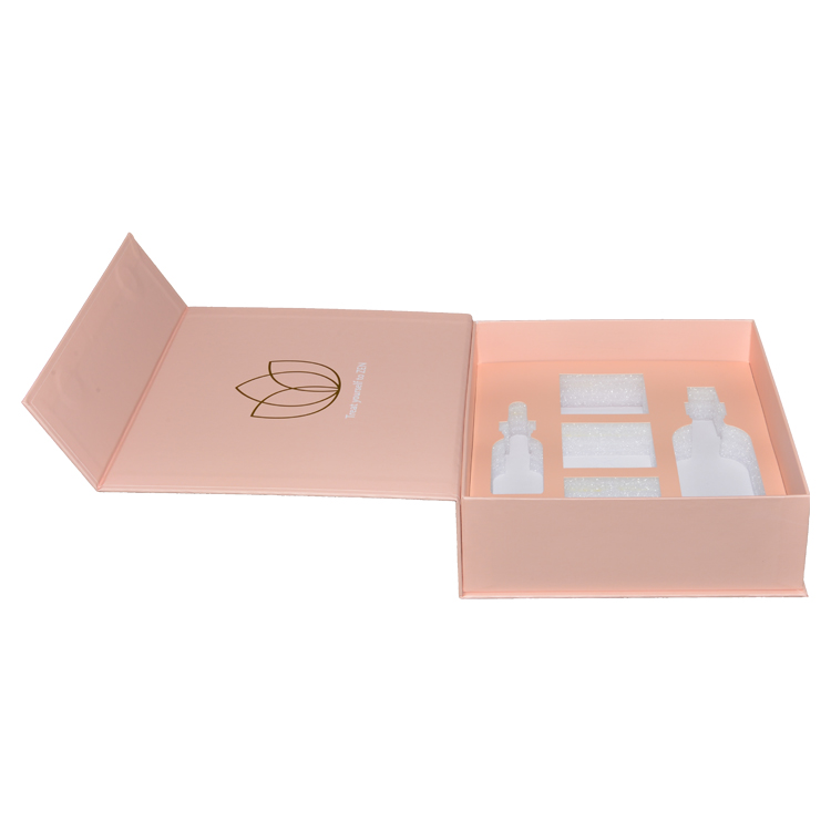 Nude Pink Magnetic Gift Box for Cosmetic Packaging with Foam Holder and Gold Foil Logo